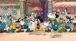 Mickey mause kapalicarsida turk lokumu satiyor h645 5520c
