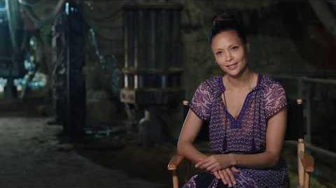 """SOLO Behind The Scenes """"Val"""" Thandie Newton Interview - A Star Wars Story"""