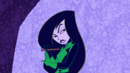 Shego doing her nails (1)