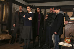 Once Upon a Time - 4x21 - Operation Mongoose Part 1 - Photography - Freeing the Apprentice.jpg