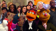 TheMuppets-(2011)-Finale-Camilla&Gonzo&Scooter&Fozzie