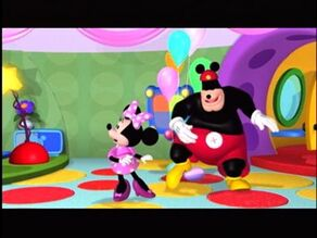 Pete and Minnie in the clubhouse.