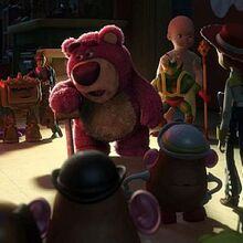 Toy-story-3-picture-8-lotso and gang.jpg