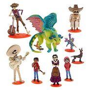 Coco figurine playset