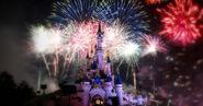 Fireworks-by-sleeping-beauty-castle