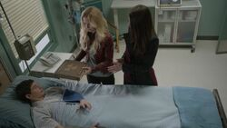 Once Upon a Time - 6x21 - The Final Battle Part 1 - Henry in Hospital.jpg