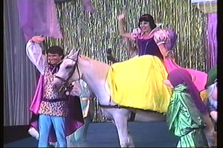 Singin', Dancin', Heigh Ho!