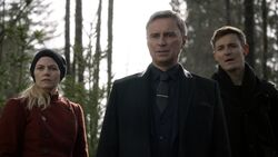 Once Upon a Time - 6x19 - The Black Fairy - Emma, Gold and Gideon.jpg