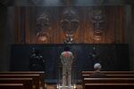 Loki - 1x01 - Glorious Purpose - Photography - Trial