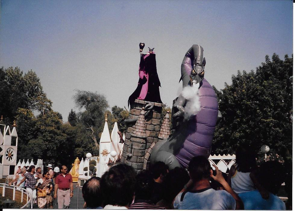 Flights of Fantasy Parade (1983)