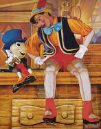 PinocchioAndJiminyInDisneyOnIce