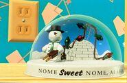 Knick Knack Snowglobe
