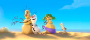 Olaf-the-snowman-singing-in-summer