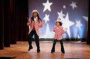 That's So Raven - 4x10 - Sister Act - Photography - Raven and Sydney 3