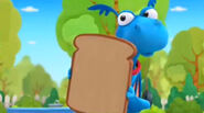 Stuffy holds up bread