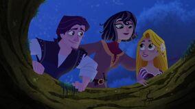Eugene, Cassandra udn Rapunzel wiedervereint.jpg