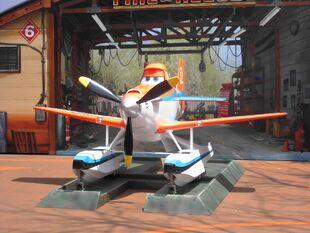 Dusty Crophopper HKDL