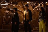 Shang-Chi and the Legend of the Ten Rings - EW Photography - Xialing, Shang-Chi and Katy