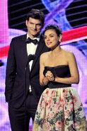 Ashton Kutcher Mila Kunis Breakthrough Prize