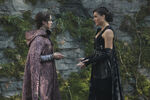 Once Upon a Time - 7x06 - Wake Up Call - Photography - Drizella and Regina