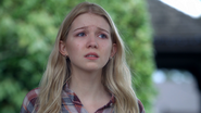 Once Upon a Time - 3x21 - Snow Drifts - Young Emma 2