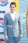 Gregg Sulkin Fox Teen Choice Awards19