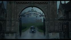 Disney's Cruella Official Trailer (29).png