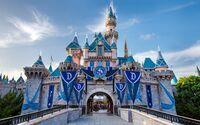 Disneyland-60-sleeping-beauty-castle-diamond-celebration