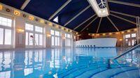 N020116 2021oct01 newport-bay-club-swimming-pool 16-9 tcm752-160326$w 980$p 1