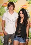 Zac Efron and Vanessa Hudgens KCA 2009