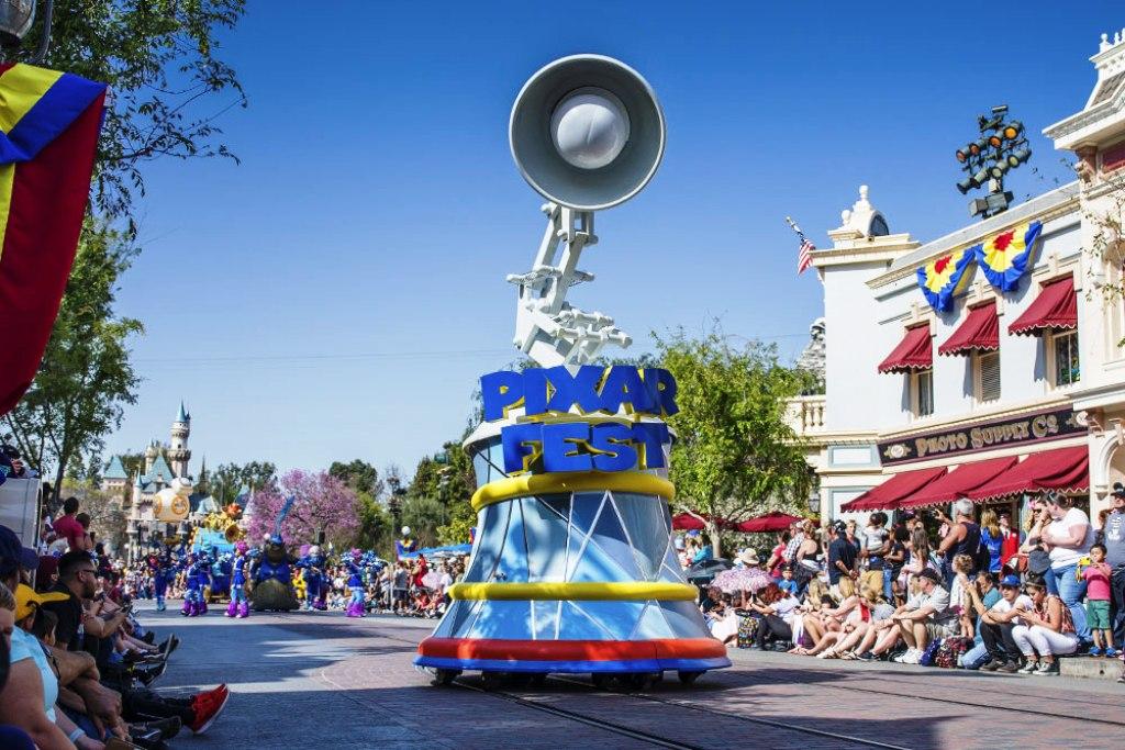 Pixar Play Parade Disney Wiki Fandom