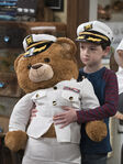 Raven's Home - 1x04 - The Bearer of Dad News - Photography - Levi with Bear