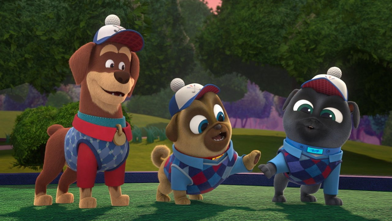 Mini-Golfin' Guard Pups