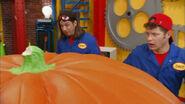 Imagination Movers Big Pumpkin Problem