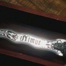 Dark Ones Dagger Nimue 03.jpg