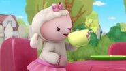 Lambie 'sippity sip sip'