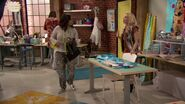 Raven's Home - 1x03 - The Baxters Get Bounced - Raven and Paisley