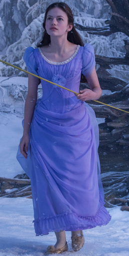 Clara (The Nutcracker and the Four Realms).png