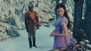 Nutcracker -Four-Realms-Final-Trailer-12