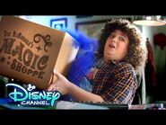 Back to School Unboxing with Elliot ✏️- Upside-Down Magic - Disney Channel-2