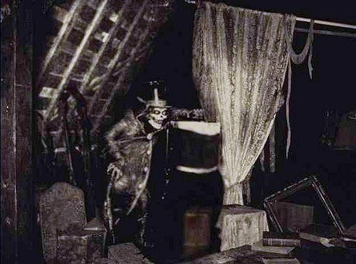 Hatbox Ghost/Gallery