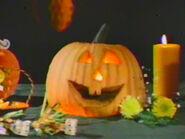 1982-disney-halloween-treat-03