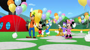 The clubhouse pals say goodbye to the little parade