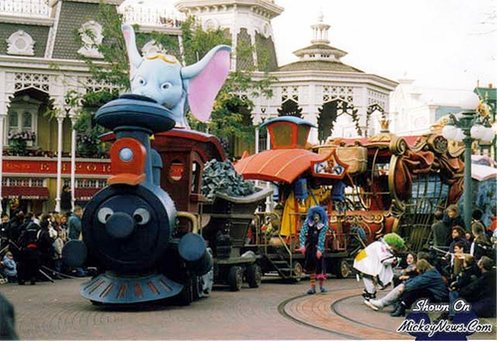 Train Parade (Disneyland Paris)