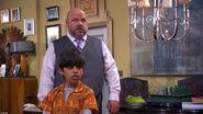 Jessie.2011.S01E03.Used.Karma.720p.HDTV.x264-PREMiER screenshot 1