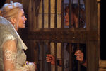 Once Upon a Time - 4x06 - Family Business - Photography - Ingrid and Anna