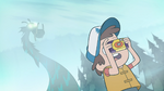S1e2 dipper pines taking picture