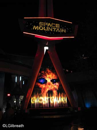 Space Mountain: Ghost Galaxy