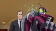 Coulson ja Kuoriainen taistelevat