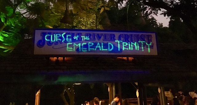 Jungle River Cruise: Curse of the Emerald Trinity
